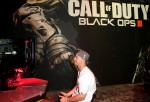 Joc Pederson Visit Activision's Call Of Duty: Black Ops 3 Booth At The E3 Convention